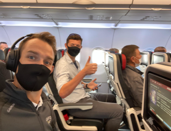 Wearing a mask in aircraft