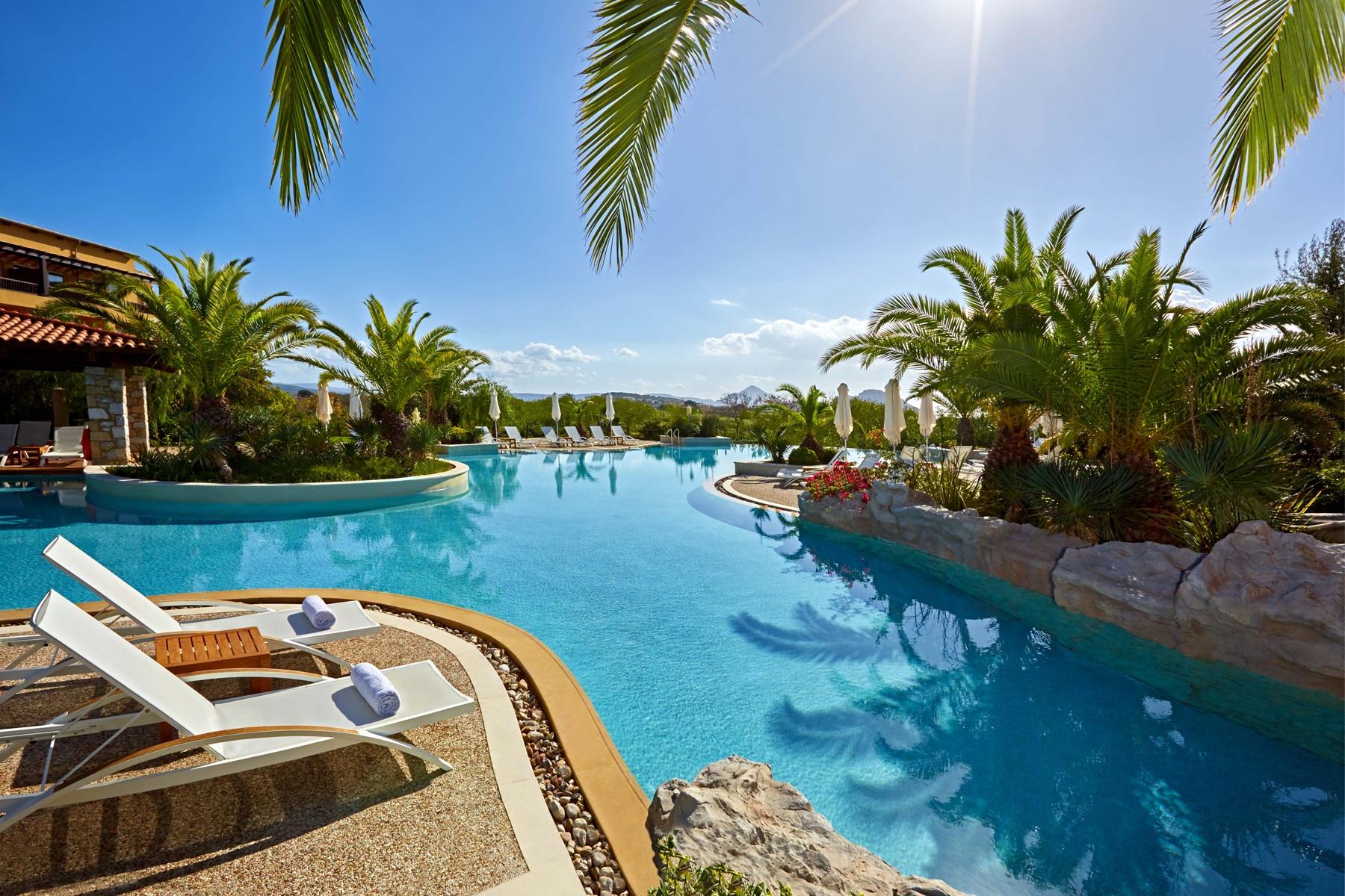 The Westin Costa Navarino - Swimming Pool